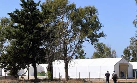 Επίθεση ΣΥΡΙΖΑ στην κυβέρνηση για την αυτοκτονία μετανάστη στην Κόρινθο και τα επεισόδια