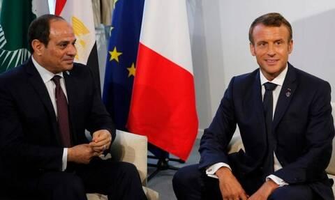 Αίγυπτος: Αλ Σίσι και Μακρόν συζήτησαν για την ανάγκη αποχώρησης των ξένων στρατευμάτων από τη Λιβύη
