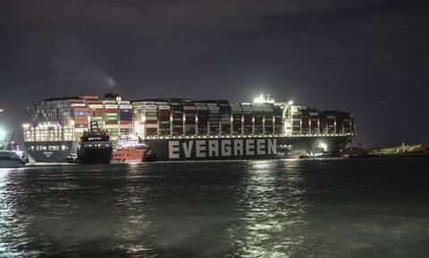 Διώρυγα Σουέζ: 369 πλοία παραμένουν εγκλωβισμένα - Τα 25 είναι πετρελαιοφόρα