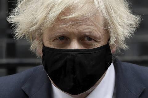 Μπόρις Τζόνσον: Η Τζένιφερ Άρκιουρι και τo ροζ σκάνδαλο που «καίει» τον Βρετανό πρωθυπουργό