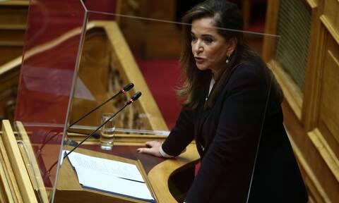 Δήλωση - «βόμβα» Μπακογιάννη για το Πάσχα και τη μετακίνηση εκτός νομού