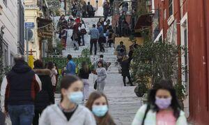 Lockdown в Греции: Власти обсуждают сроки открытия магазинов и ресторанов