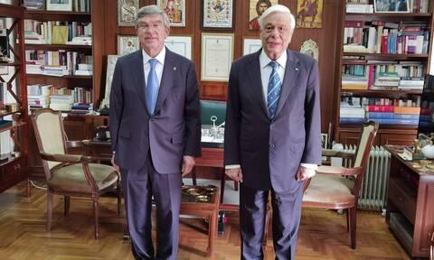 Συνάντηση Προκόπη Παυλόπουλου με τον Πρόεδρο της ΔΟΕ Thomas Bach