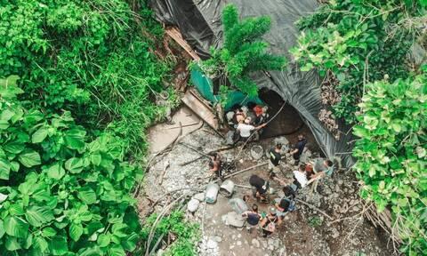 Κολομβία: Ώρες αγωνίας για 11 χρυσωρύχους που έχουν παγιδευτεί σε παράνομο χρυσορυχείο