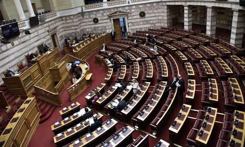 Βουλή: «Μάχη» και βαρύτατοι χαρακτηρισμοί στη συζήτηση της προανακριτικής για τον Νίκο Παππά