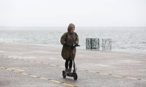 Καιρός: Έκτακτο δελτίο επιδείνωσης - Πού θα χτυπήσουν καταιγίδες τις επόμενες ώρες