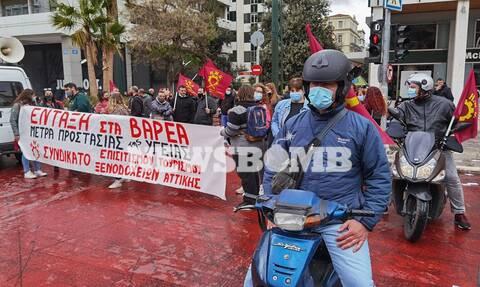 Ρεπορτάζ Newsbomb.gr: Συγκέντρωση των εργαζομένων στον επισιτισμό στο Σύνταγμα - Τι διεκδικούν
