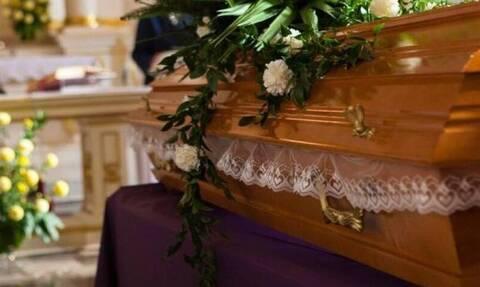 Κορονοϊός Κρήτη: Κηδεία γέμισε χωριό με κρούσματα - Μεγάλη ανησυχία