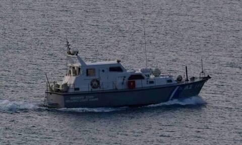 Μυτιλήνη: Το Λιμενικό διαψεύδει εμπλοκή ναυαγοσωστικού σε περιστατικό επαναπροώθησης μεταναστών