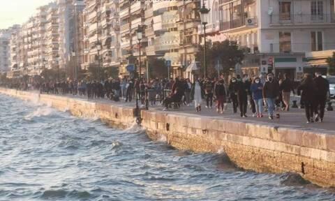 Lockdown: «Πλημμύρισε» από κόσμο η παραλία της Θεσσαλονίκης