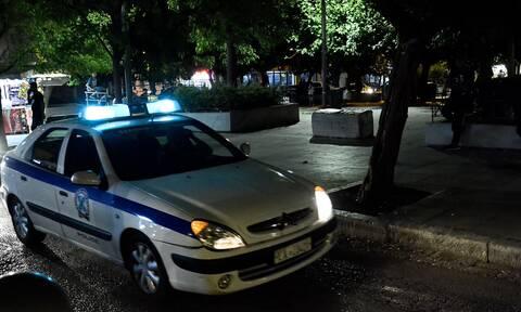 H αστυνομία διέλυσε κορονο-πάρτι με 35 άτομα στη Μητροπόλεως
