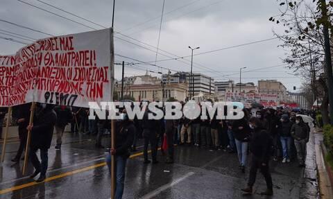 Σε εξέλιξη μαθητικό και φοιτητικό συλλαλητήριο στα Προπύλαια