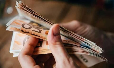 Επίδομα 400 ευρώ: Ποιες είναι οι νέες κατηγορίες δικαιούχων