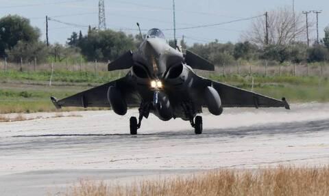 Έλληνες πιλότοι «έσκισαν» τους γαλλικούς ουρανούς - Η πρώτη πτήση με τα υπερσύγχρονα Rafale