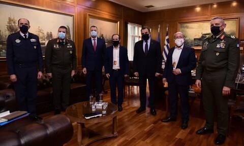 Μάτι: Παρέμβαση Παναγιωτόπουλου και συνάντηση με τους Δημάρχους