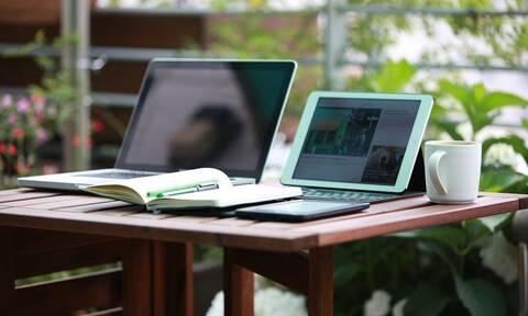 Voucher 200 ευρώ για laptop και tablet: Σε πλήρη εξέλιξη το πρόγραμμα «Ψηφιακή Μέριμνα»