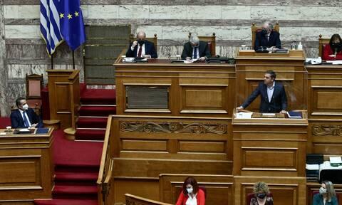LIVE BLOG - Βουλή: Κόντρα των πολιτικών αρχηγών για την πανδημία και την οικονομία