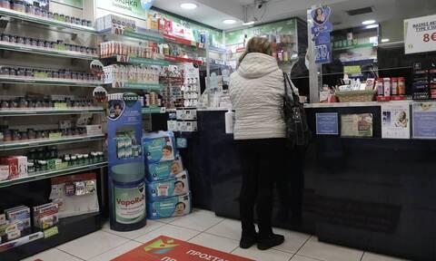Φαρμακοποιοί: Αμοιβή 30 εκατ. ευρώ για τα ραντεβού των εμβολίων– Πώς θα πληρωθούν