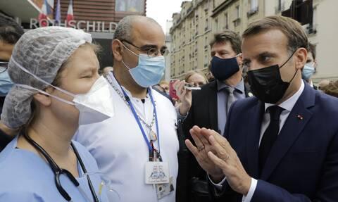 Εμανουέλ Μακρόν - «Στην πυρά» ο Γάλλος πρόεδρος για το χειρισμό της πανδημίας