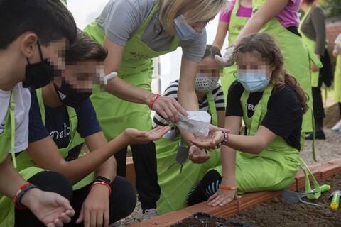 Ρούλα Λεύκελη: Η εκπαιδευτικός που καλλιεργεί την γνώση στα παιδιά των ακριτικών Ριζίων του Έβρου