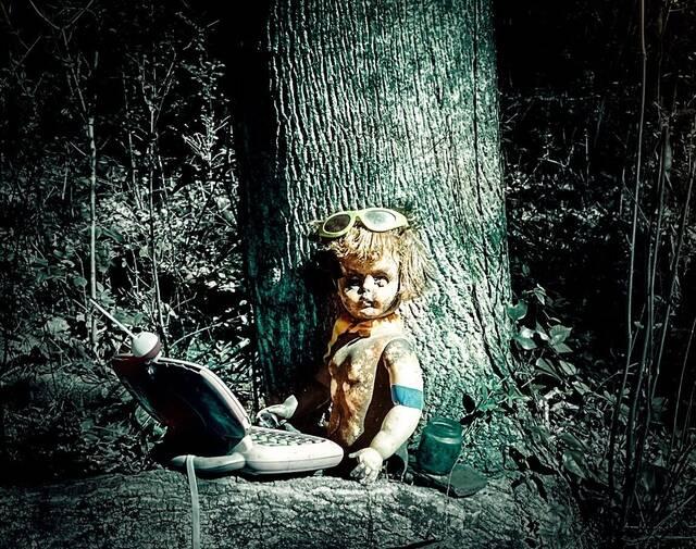 Μονοπάτι με κούκλες