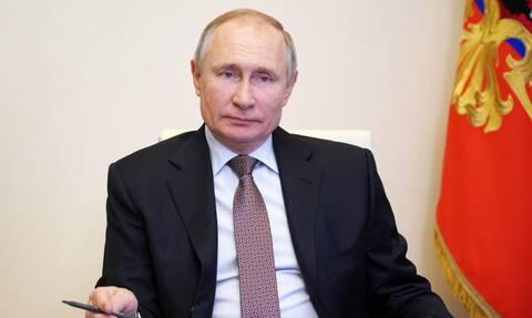 Δημοσκόπηση έβγαλε τον Πούτιν τον πιο ωραίο άνδρα της Ρωσίας