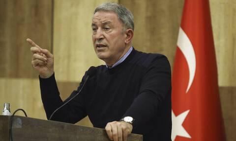 Ο υπουργός Άμυνας της ΤουρκίαςΧουλουσί Ακάρ