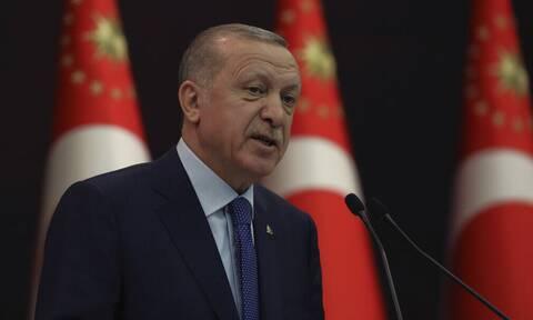 Τουρκία: Ο Ερντογάν συγκαλεί έκτακτη σύσκεψη με αφορμή την επιστολή των απόστρατων ναυάρχων