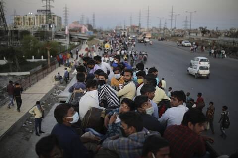 Ινδία : Δραματική η κατάσταση με τον κορονοϊό- 100.000 κρουσμάτα σε 24 ώρες