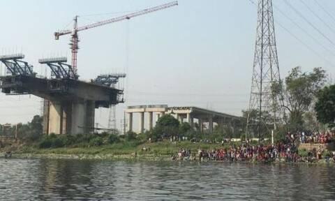 Τραγωδία στο Μπανγκλαντές: Τουλάχιστον 26 νεκροί από τη σύγκρουση πορθμείου με φορτηγό πλοίο