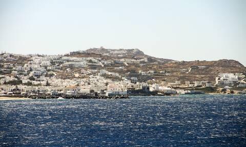 """Θεοχάρης: Ο τουρισμός ανοίγει με ασφάλεια στις 14 Μαΐου - Τι είπε για τις """"COVID free"""" περιοχές"""