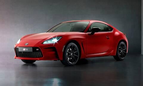 GR 86: Η Toyota παρουσίασε το νέο σπορ κουπέ της