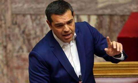 Επιμένει ο ΣΥΡΙΖΑ για το όνομα της Μενδώνη στην Ακρόπολη - Τι λέει η σύμβαση δωρεάς;