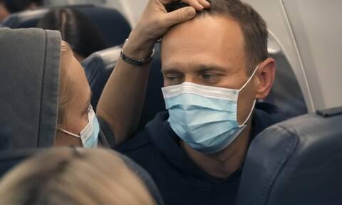 Κρεμλίνο: Ο Ναβάλνι θα λάβει ιατρική αγωγή αν είναι στα αλήθεια άρρωστος
