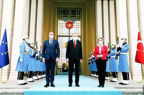 «Καρότο» από την ΕΕ προς Ερντογάν: Θετική ατζέντα εφόσον η Τουρκία συνεχίσει την αποκλιμάκωση