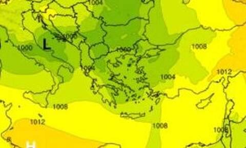 Καιρός: Ραγδαία επιδείνωση - Έρχεται ψυχρή εισβολή με βροχές και κρύο (ΧΑΡΤΕΣ)