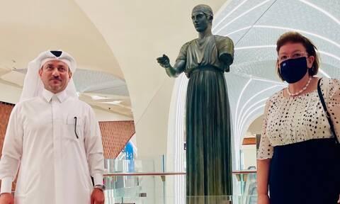 Κατάρ: Ο Ηνίοχος των Δελφών κοσμεί τον σταθμό του Μετρό στο αεροδρόμιο της Ντόχα