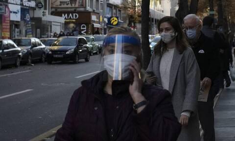 Κορονοϊός - Τουρκία: Κοντά στις 50.000 τα νέα κρούσματα - Έκρηξη των θανάτων