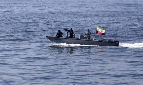 Ιρανικό πλοίο φέρεται να δέχτηκε επίθεση στην Ερυθρά Θάλασσα