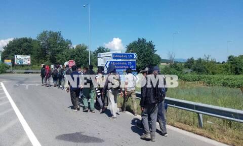 Ρεπορτάζ Newsbomb.gr: Κυκλώματα δουλεμπόρων βάζουν ξανά στο στόχαστρο την Ειδομένη