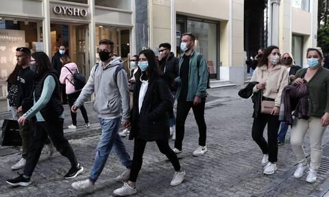 Κορονοϊός: «Βόμβα» Δερμιτζάκη για 2.000 κρούσματα το Πάσχα στο «καλό σενάριο»