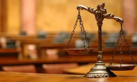 Εναντιώνονται οι δικαστές στη μείωση των διακοπών τους