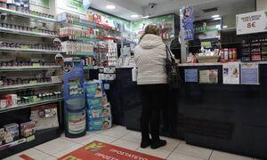 В греческих аптеках начинается выдача тестов на коронавирус