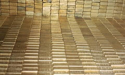 Ποια χώρα της ΕΕ αυξάνει πυρετωδώς τα αποθέματα χρυσού της και γιατί