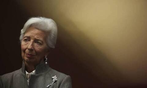 Λαγκάρντ: Παραμένουν οι κίνδυνοι για την ευρωζώνη από την πανδημία