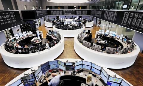«Πάρτι» στα ευρωπαϊκά χρηματιστήρια: Προβλέπουν παγκόσμια οικονομική ανάκαμψη