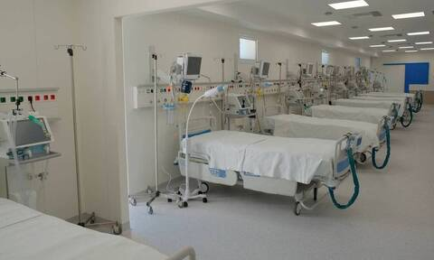 Covid-19 patient faces manslaughter charges for unplugging his roommate's ventilator