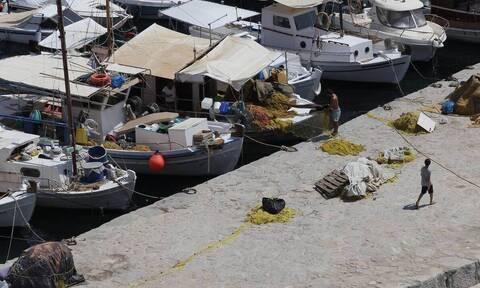 Απαλλάσσονται από το τέλος επιτηδεύματος επαγγελματίες αγρότες και αλιείς