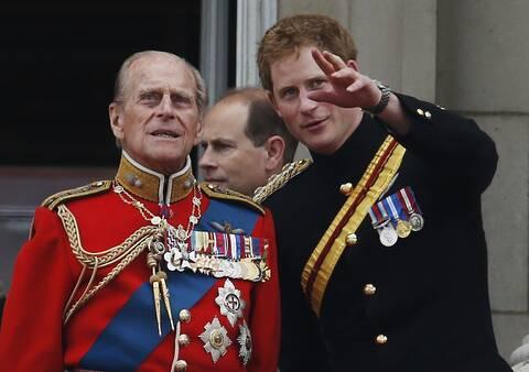 Πρίγκιπας Φίλιππος: Ο Χάρι, η Μέγκαν και η επόμενη ημέρα στο «πληγωμένο» Μπάκιγχαμ