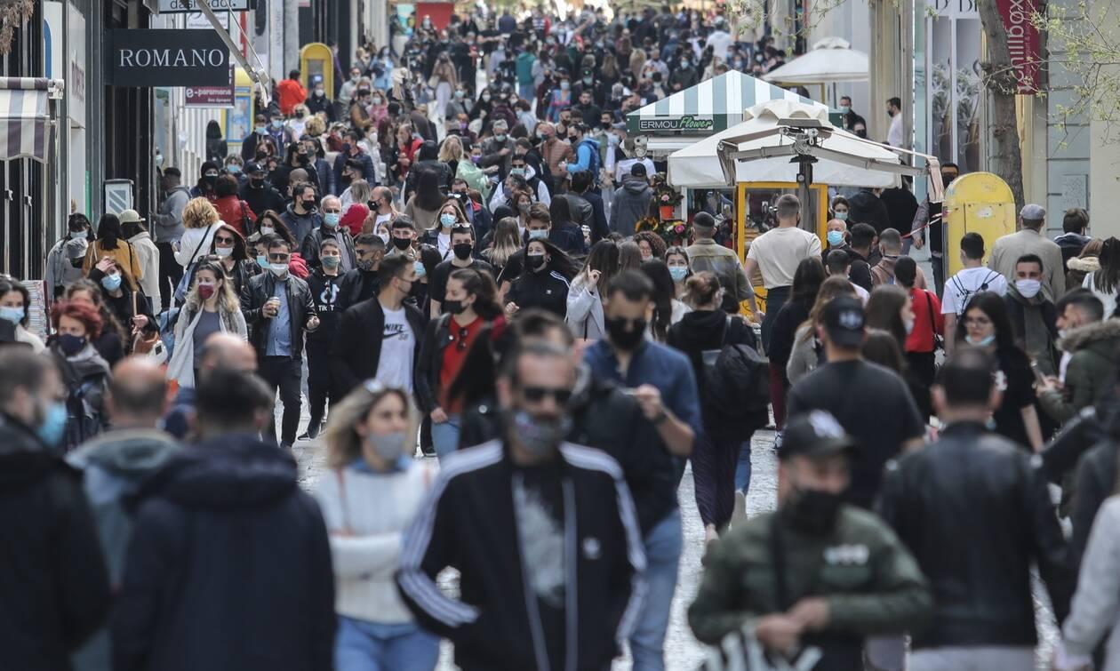 Lockdown: Μετακίνηση... ψώνια - Το αδιαχώρητο στην Ερμού (photos)